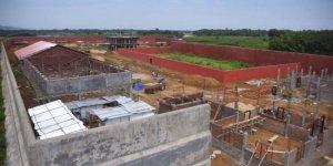 Hindistan, vatandaşlıktan çıkardığı 2 milyon kişi için gözaltı kampları inşa ediyor