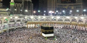 Suudi Arabistan kutsal ziyaretlere zam yaptı