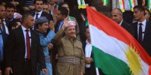 Başkan Barzani'den referandum mesajı: Boyun eğmeyenlere selam olsun!