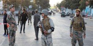Afganistan bombalı saldırıların gölgesinde sandığa gidiyor
