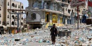 İran: Yemen'de savaş sona ermeli