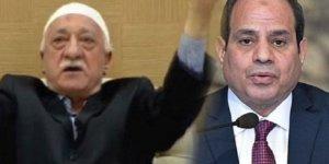 Gülen'den Katil Sisi'ye Övgü