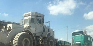Suriye sınırına iş makinesi sevkiyatı