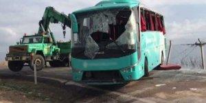 Cenazeye gidenleri taşıyan otobüs devrildi: 34 yaralı