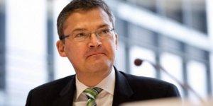 'İnsani bölge oluşturulsun güvenliğini Avrupa birlikleri sağlasın'