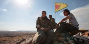 """Ortadoğu'da Kürt kartı Rusya'ya geçti"""