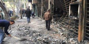 İran'da devlet binaları yakıldı
