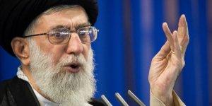 Hamaney: 'Askeri ve siyasi açıdan düşmanı püskürttük'