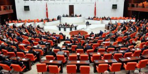 Parlamentodaki partiler Kenan Evren'in isminin kaldırılması konusunda anlaştı