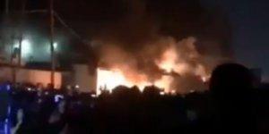 İran Başkonsoluğu ateşe verildi