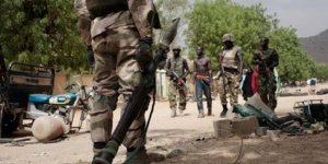 Terör Örgütü Köye Saldırdı: 15 Ölü
