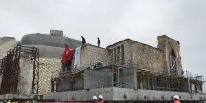 Hasankeyf'in 610 yıllık camisi tekerler üzerinde taşınıyor