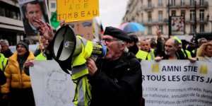 Li Fransayê xwepêşandana karmendên veguhestinê berdewame
