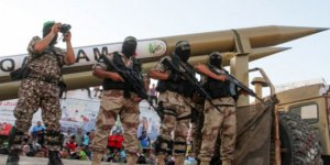 Hamas Gazze'de Füze Denemesi Yaptı