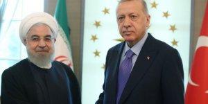 Ruhani'den Erdoğan'a çağrı: ABD'ye karşı koyalım