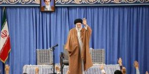 İran: Dün gece Amerikalılara bir tokat attık