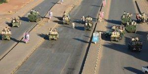 Sudan'da darbe girişimi bastırıldı