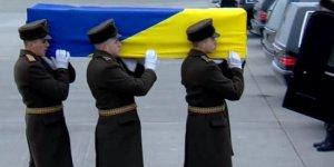 Îran termên qurbaniyên firokeya Ukraynî radestî welatên wan dike