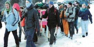Dünya Ekonomik Forumu protestoların gölgesinde başladı