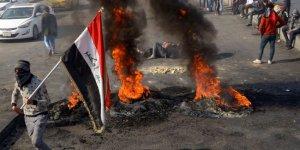 Sadr'a bağlı grup ile göstericiler çatıştı:13 ölü, 127 yaralı