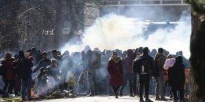 Altun: Göçmenlere biber gazı sıkan bir ülke, ahlaktan bahsedemez