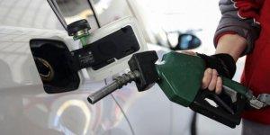 Benzin ve motorine büyük indirim bekleniyor