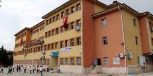 MEB koronavirüs nedeniyle okullardaki tüm sosyal etkinlikleri iptal etti
