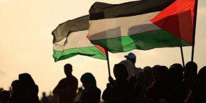 Filistin'de cami ve kiliselerdeki ibadetler askıya alındı