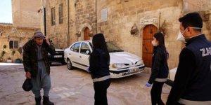 Mardin'de Kürtçe, Türkçe ve Arapça koronavirüs uyarısı