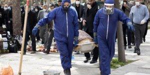 İran'da koronavirüsten dolayı can kaybı 2 bin 898'e yükseldi
