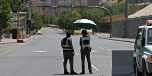 Suudi Arabistan'da sokağa çıkma yasağı tüm ülkeye yayıldı