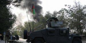 Afganistan'da Cami Önünde Bombalı Saldırı