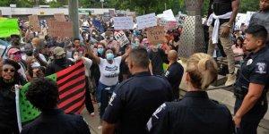 Siyahi Amerikalı Floyd'un öldürülmesine yönelik protestolar 4. gününde