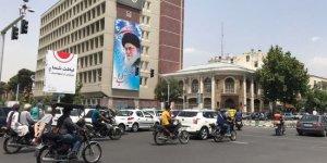 Kovid-19 vakalarının artması nedeniyle Tahran'da insanlar yeniden evlerine çekildi