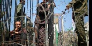 Filistinli 100 mahkûmdan 95'i, işkenceye maruz kalıyor