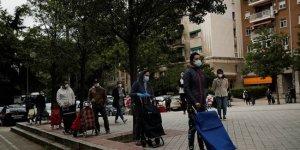İspanya'da vaka artışı: 70 bin kişi karantinaya alındı