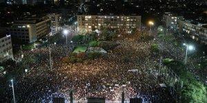 İsrail'de  kriz nedeniyle hükümete istifa çağrısı
