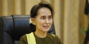 Katil Myanmar lideri Suu Kyi seçimlerde yeniden aday olacak