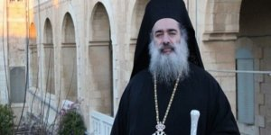 Başpiskopos Atallah Hanna'dan Korsan İsrail'e Kınama
