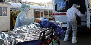 İran'da  son 24 saatte 226 kişi hayatını kaybetti