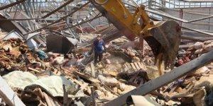 Beyrut'ta hala 60 kişi kayıp