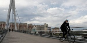 Rusya'da COVID-19 vaka sayısı 900 bini aştı
