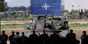 NATO Irak'taki varlığını artırıyor