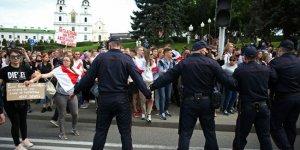 'Belarus'u Rusya'dan koparma girişimlerine sert yanıt vereceğiz'