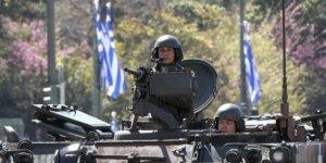 Yunanistan askeri harcamalarını artırıyor