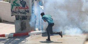 İşgal askerleri Batı Şeria'daki gösteride 15 Filistinliyi yaraladı