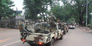 Mali'de cunta tarafından alıkonulan isimler serbest bırakıldı