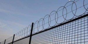 1300 mahkum hapishaneden kaçtı