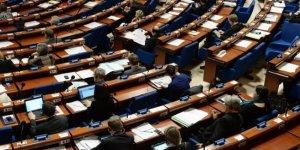 AKPM: Türkiye'deki muhalefete yönelik baskıları kınıyoruz