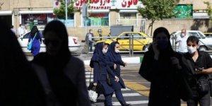 İran'da son 24 saatte 415 kişi  hayatını kaybetti